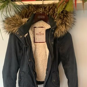 Hollister Sherpa and fur coat- read desc